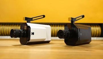 Kodak Yves Béhar Super 8 camera 1
