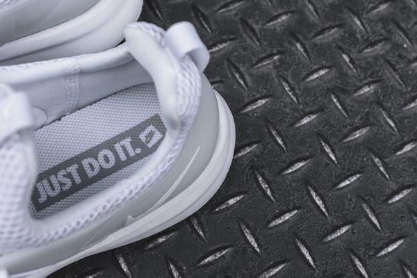Nike Darwin sneaker 5