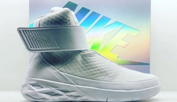 Nike Swoosh Hunter 1