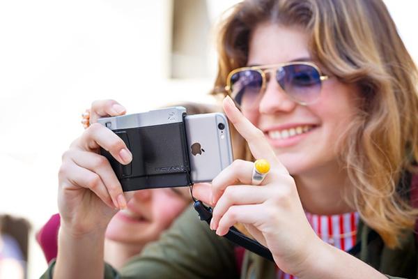 PICTAR Camera Grip verandert je iPhone in een point-and-shoot camera